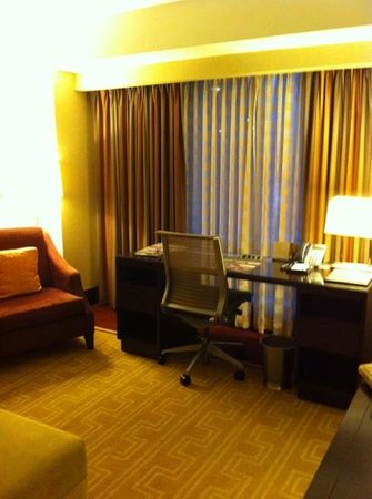 InterContinental Boston: desk