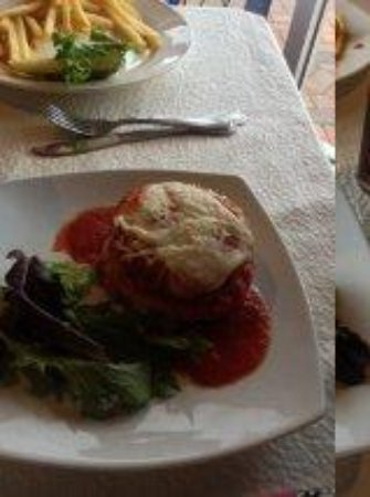 Mulhollows Bistro 215: Stuffed EggPlant