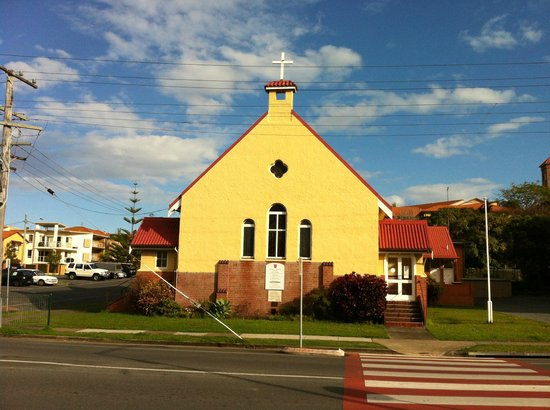 St. Peter's Anglican Church: the facade
