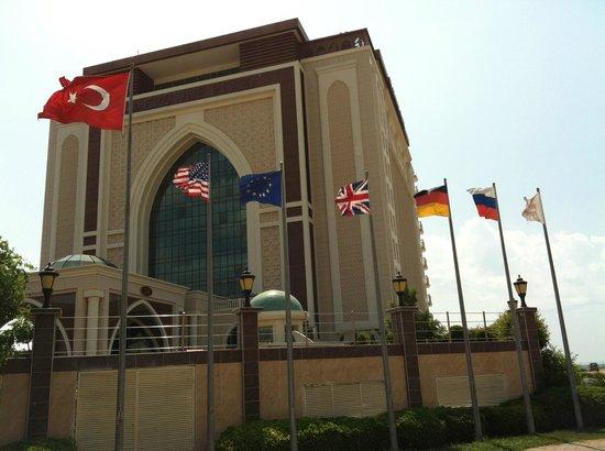 Crowne Plaza Hotel Antalya: Hotel de l'exterieur
