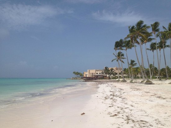 Sanctuary Cap Cana by Playa Hotels & Resorts: white sand~