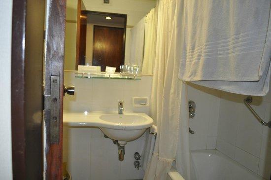 Principado Downtown: Banheiro