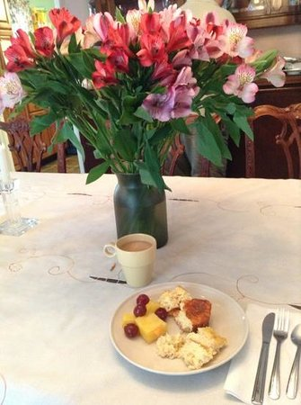The Bath Ave Guest House : Best breakfasts in town!