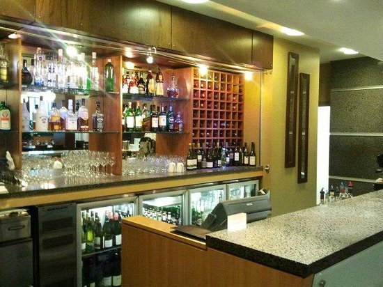 Novotel Wellington: The Hotel Bar