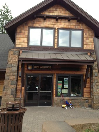 Sunriver Brewing Company : Entrance
