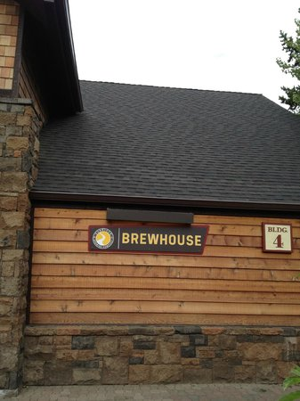 Sunriver Brewing Company: Restaurant Name