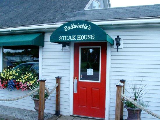 Bullwinkle's Family Steak House: Bullwinkle's Entrance