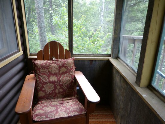 Tamarack Resort : Screened porch of Birch Cabin