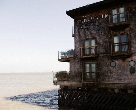 The Inn Above Tide: The hotel as seen from the outside
