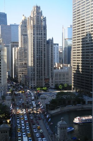 Comfort Suites Michigan Avenue / Loop: awesome daylight view from window