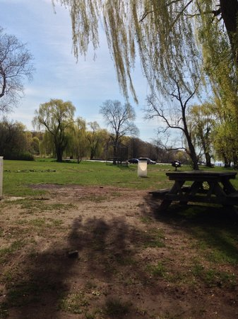 Croton Point Park: perfect for fishing