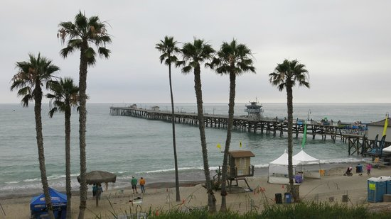 Fisherman's Restaurant and Bar: The pier