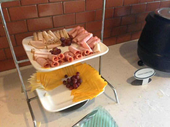 Hyatt House Pleasanton : Just a small selection of Happy Hour