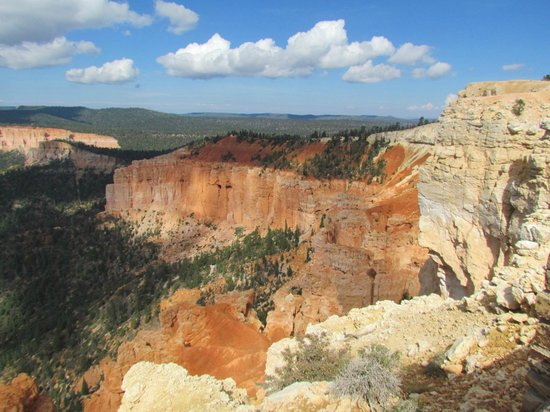 Bristlecone Loop: Bryce Canyon, one of many overlooks on Bristlecone trail