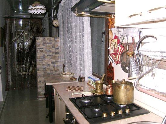 Tina's House: kitchen