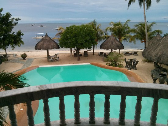 Linaw Beach Resort and Restaurant: View from Room #3