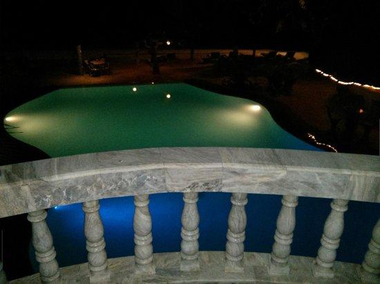 Linaw Beach Resort and Restaurant: Pool