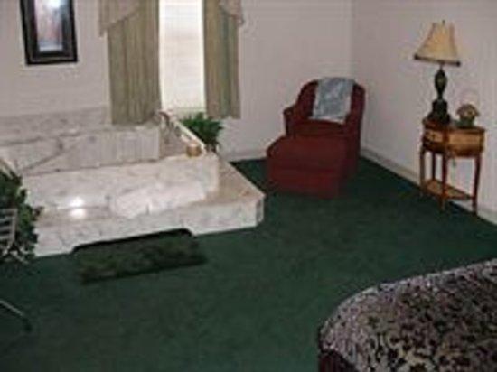 Stonebrook Inn : Grand King Suite