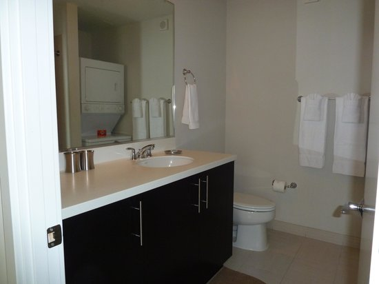 The Woodward: Ensuite
