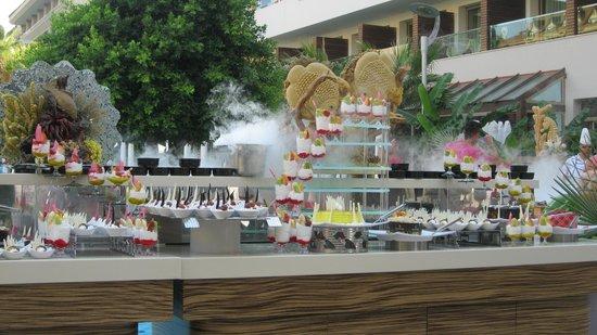 Port Side Resort Hotel: Турецкий вечер