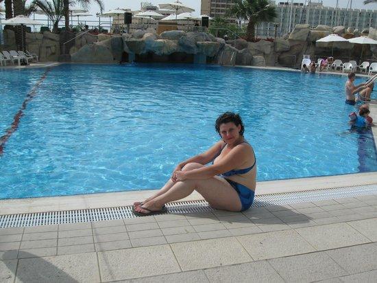 Crowne Plaza Hotel Eilat: Бассейн в отеле