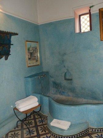Riad Aloes: Badkamer Jacaranda suite