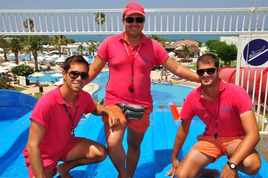 Maleme, Yunani: Life-Guard team on top of the slides-tower