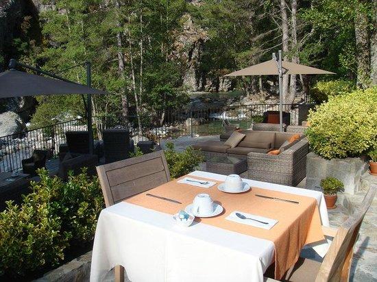 Hotel Dominique Colonna : petit déjeuner en terrasse