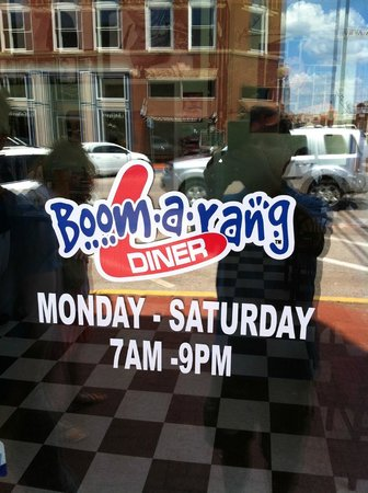 Boomarang Diner : Don't Miss It!!!