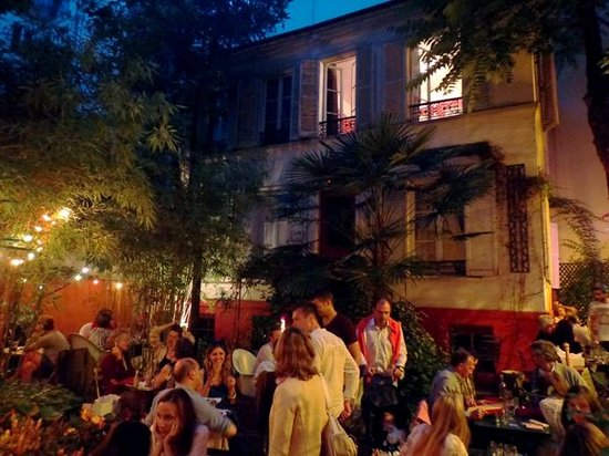 Hotel Eldorado: Dinner in the Garden