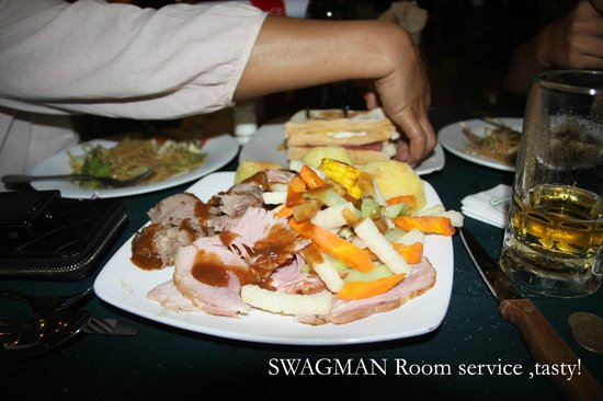 Swagman RPL Hotel Manila: Look at the food, the Swagman always has great food