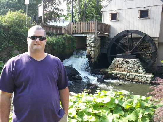Plimoth Grist Mill: Grist Mill Water Wheel & Water Runoff