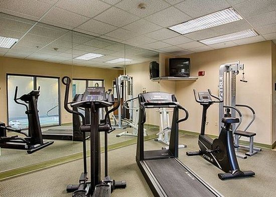 Ramada Denver International Airport: Fitness Center