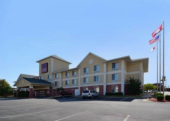 Photo of Comfort Suites Springdale
