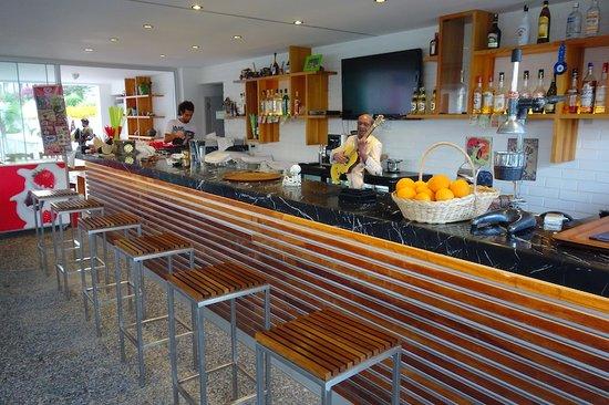 Agora CAFE & Restaurant