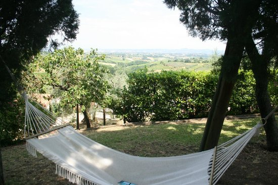 Hotel Villa Belvedere: View from the hammock