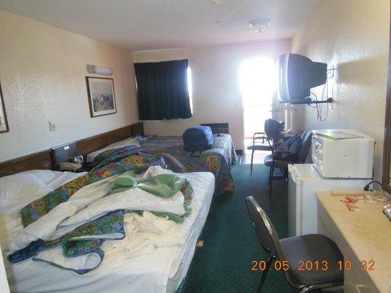 High Desert Motel : Chambre double toute équipée