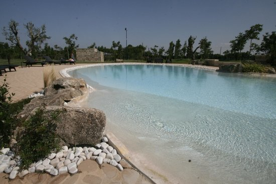 Tenuta Monaci La Murra: piscina
