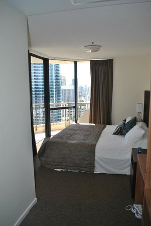 Paradise Centre Apartments: Bedroom