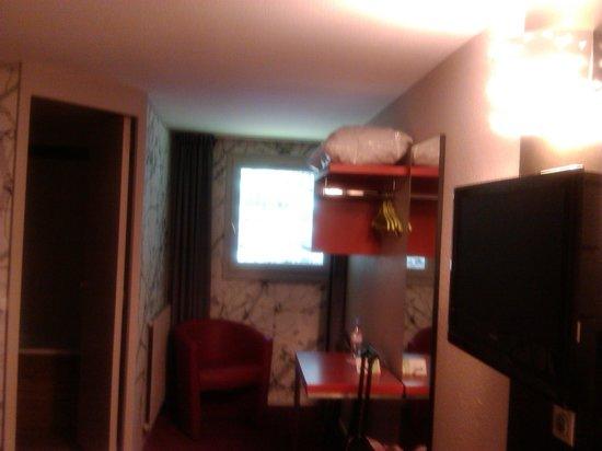 Ibis Styles Perigueux Trelissac : dormitorio