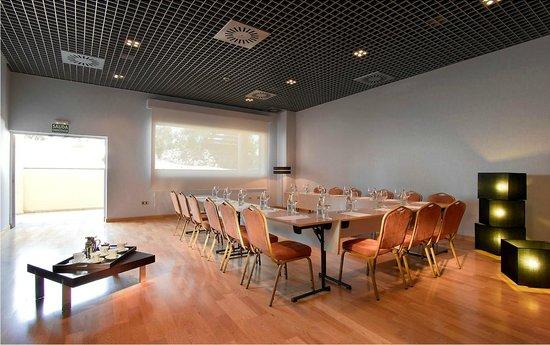 Hotel FC Villalba: Meeting room