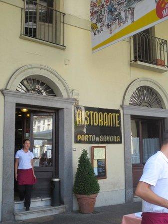 Porto di Savona : Un bon restaurant sous les arcades