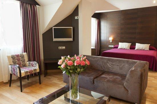 Hotel FC Villalba: Suite
