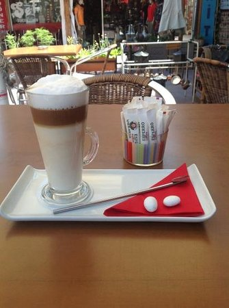 Cafe In: My delicious latte!