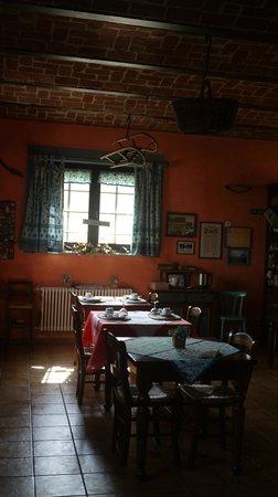 B&B La Taupiniere : Breakfast room