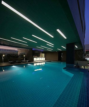 Nine Forty One Hotel: SWIMMING POOL