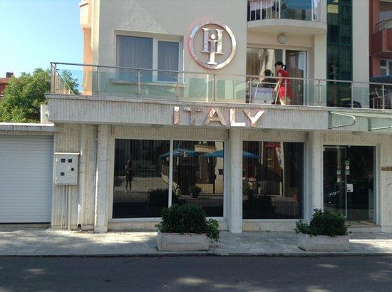 Italia: Вход в отель