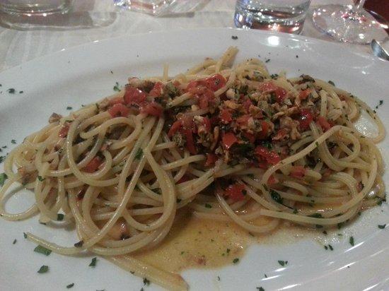 Osteria Il Bertoldo: Entree Spaghettini Gaetano