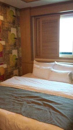 LEX Tourist Hotel: Comfy bed