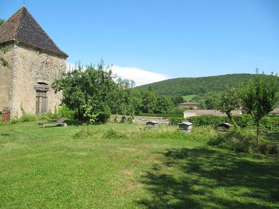 Château d'Igé : dépendance du parce transformée en chambre
